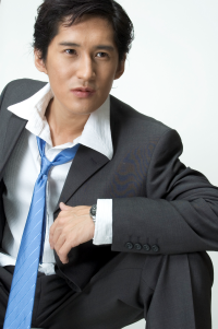 Asian_businessman_action
