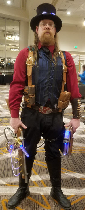 things I learned at Whimsy Con - steampunk weapons